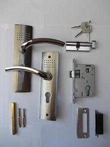 Комплект аксесоари за интериорна врата – тип цял шилд