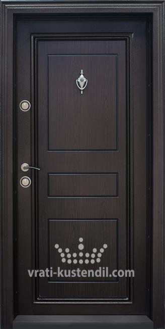 Блиндирана входна врата, модел Т505 Тъмен орех